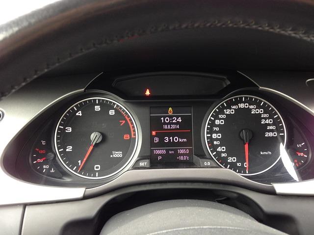 Kilometerteller van een auto